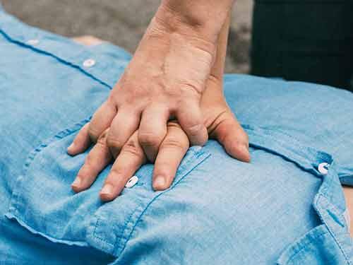 CPR Training Coolangatta First Aid